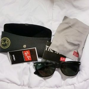 Authentic Ray-Ban Wayfarer RB 2140 901/58 50mm
